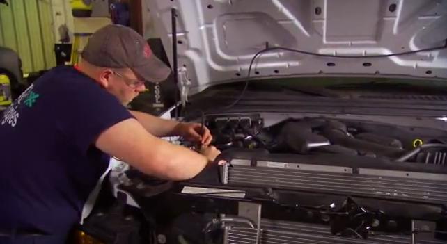CNG-Adjusting-Engine-Parts
